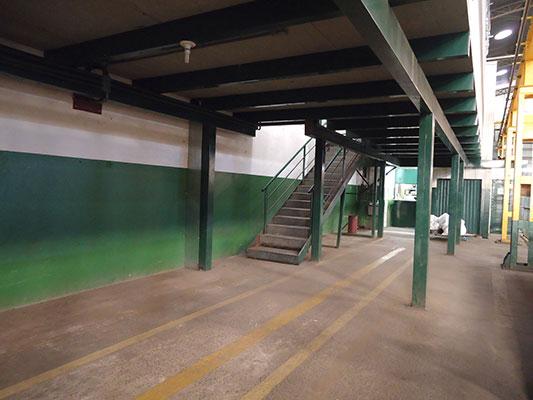 Mezanino e Escada Industrial